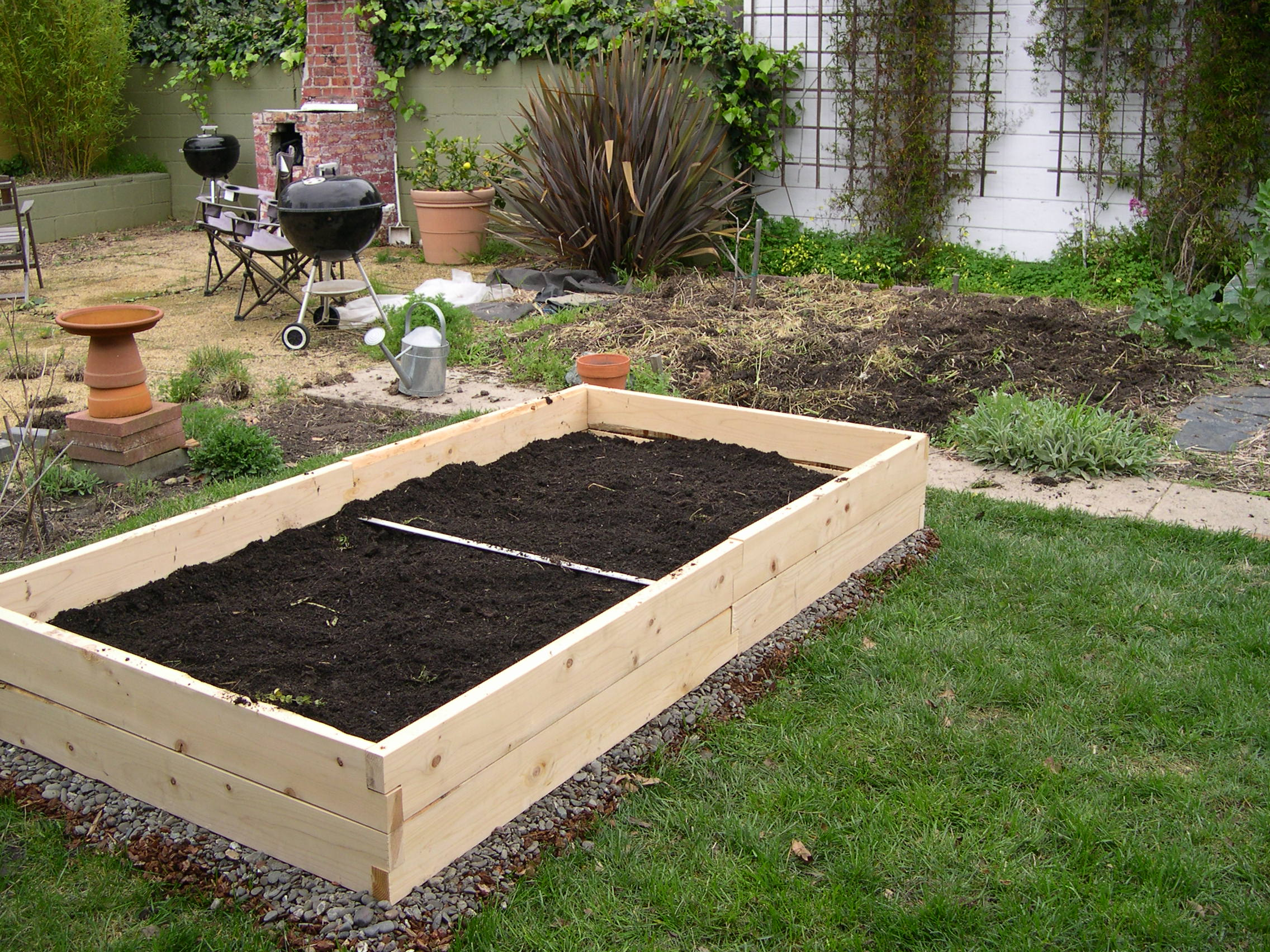 irrigation beds a cedar kit raised garden for planter system pin bed in drip